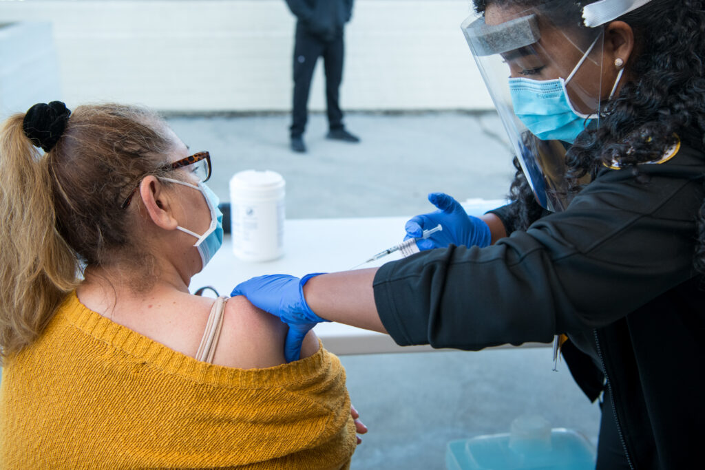 Vacunación del COVID-19
